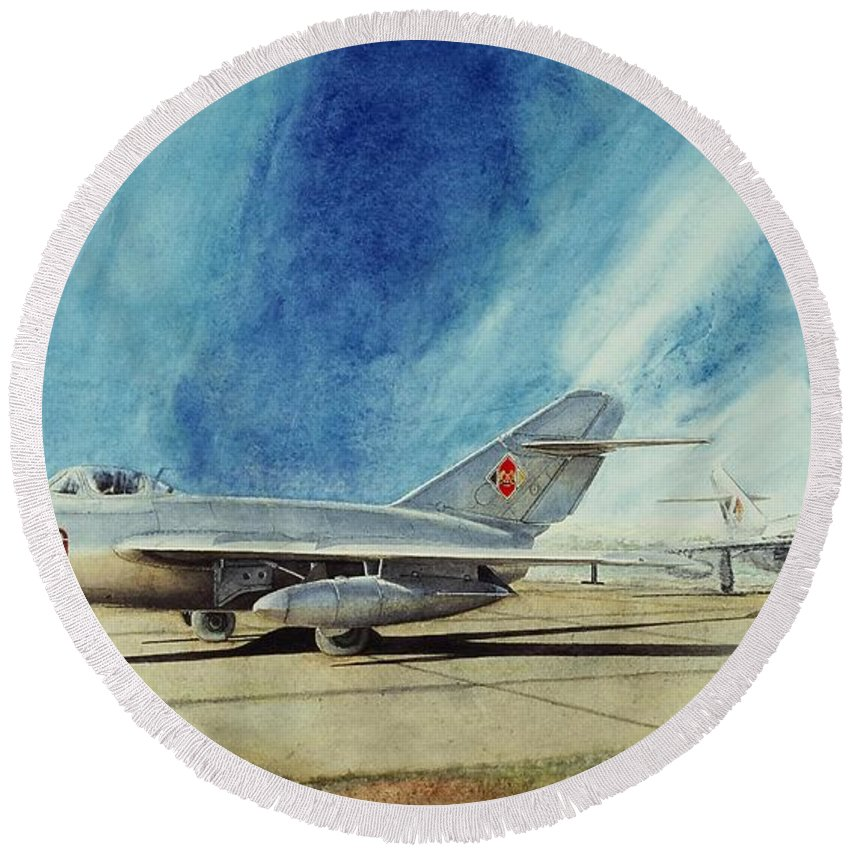 Mig-15 Round Beach Towel featuring the painting New Wave by Oleg Konin