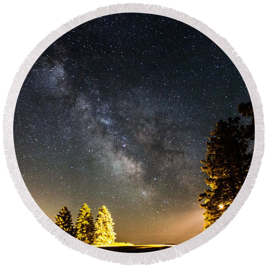 Milky Way Round Beach Towel featuring the photograph Milky Way From Oldham South Dakota Usa by Aaron J Groen
