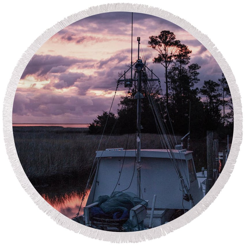 Miss Sue Round Beach Towel featuring the photograph Miss Sue At Sunrise by Paula OMalley