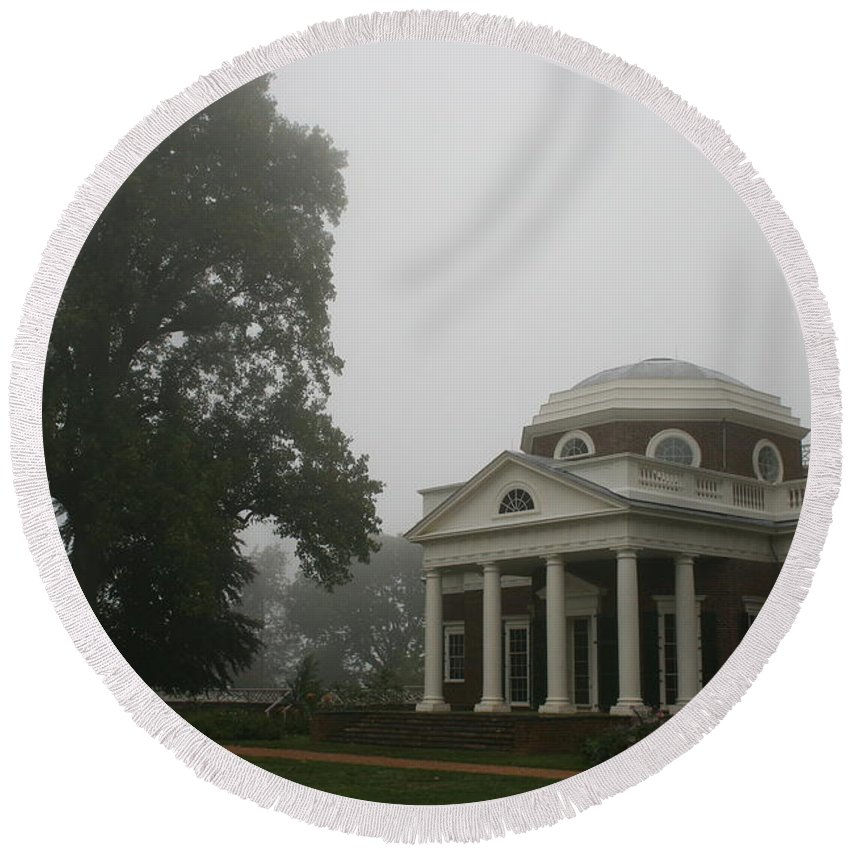 Mist Round Beach Towel featuring the photograph Misty Morning At Monticello by Christiane Schulze Art And Photography