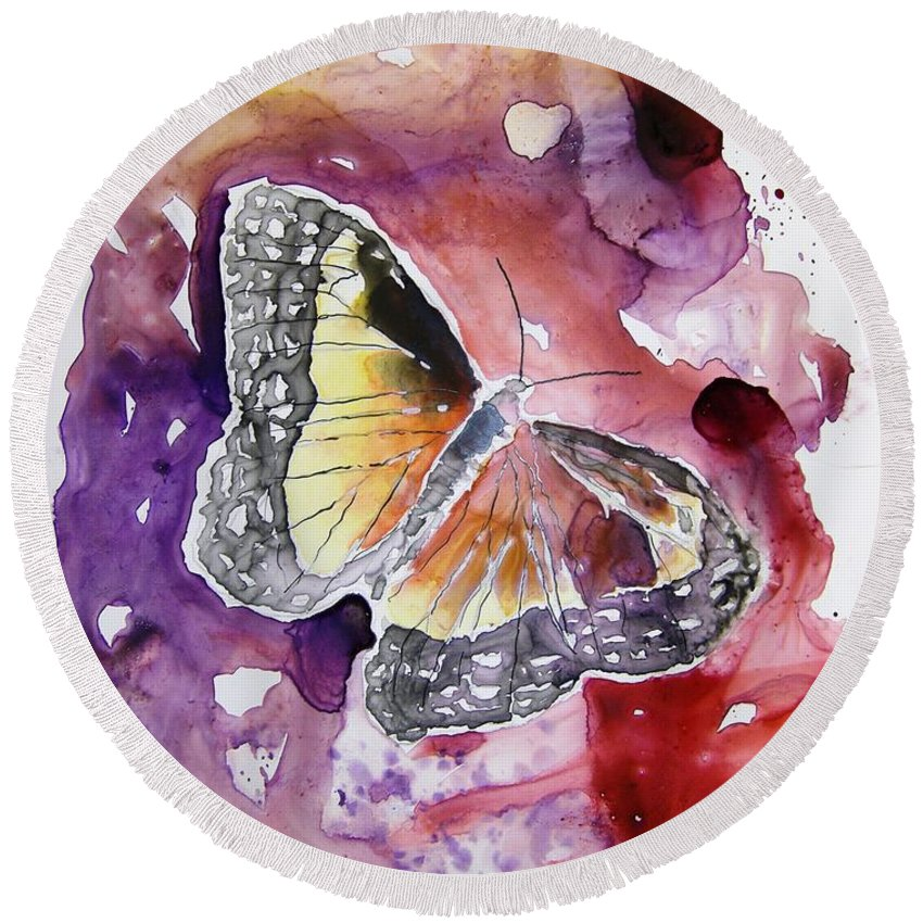 Monarch Round Beach Towel featuring the painting Monarch Butterfly by Derek Mccrea
