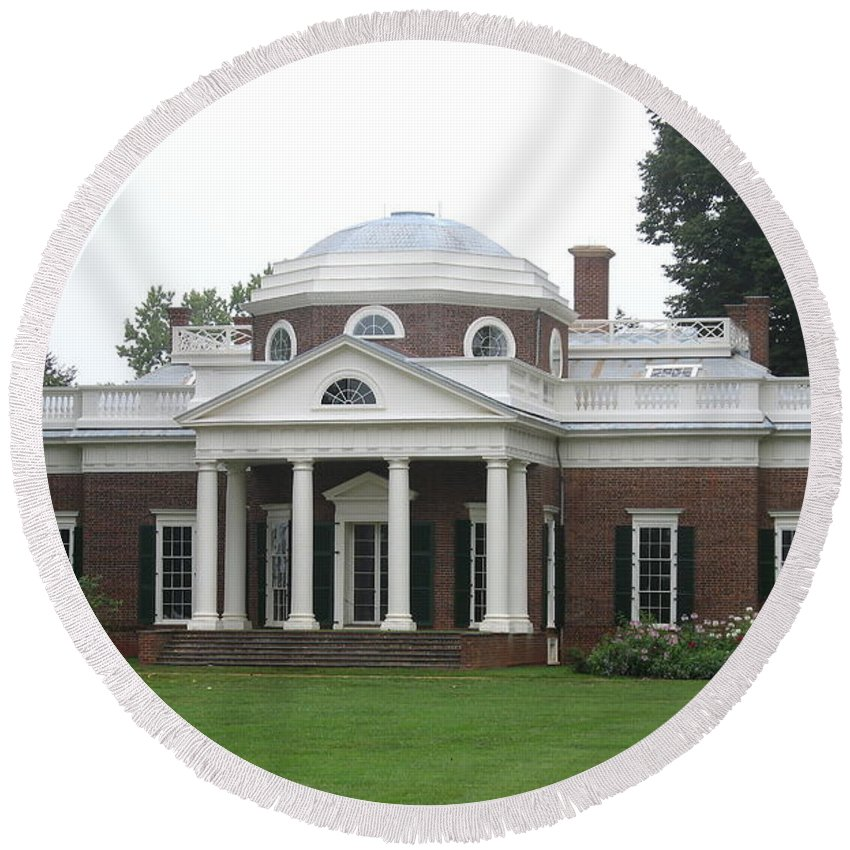 Monticello Round Beach Towel featuring the photograph Monticello - Thomas Jeffersons Home by Christiane Schulze Art And Photography