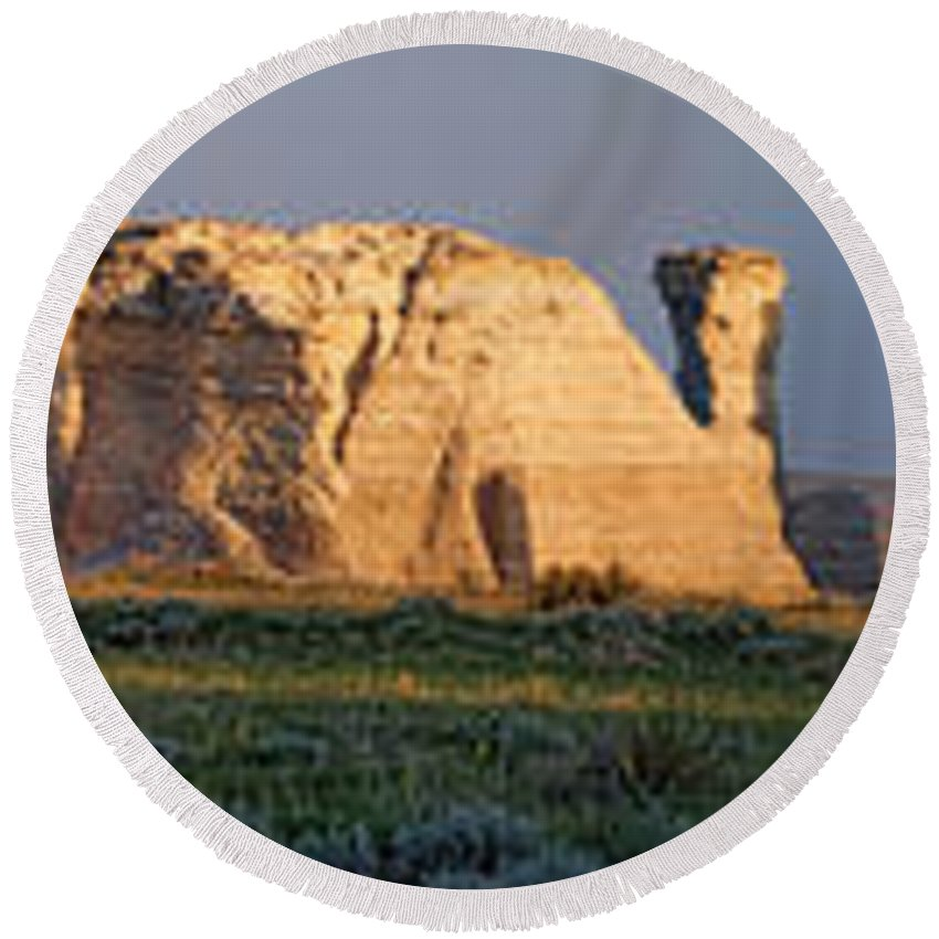 Monument Rocks Round Beach Towel featuring the photograph Monument Rocks Panorama by Alan Hutchins