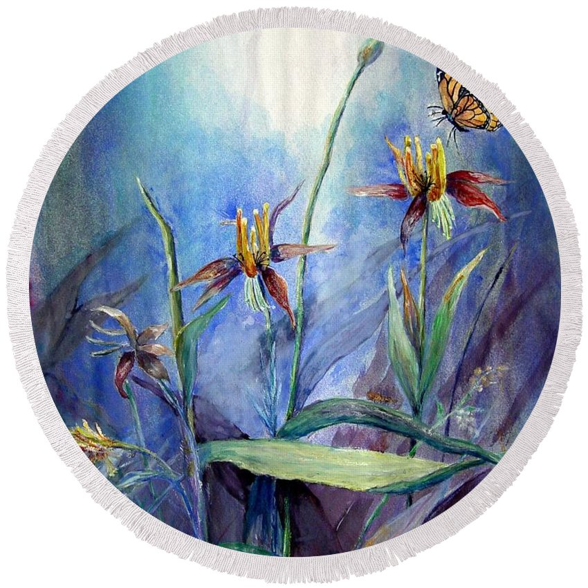 Butterfly Round Beach Towel featuring the painting Morning Light by Loretta Luglio