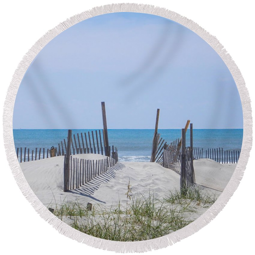 Portsmouth Island Round Beach Towel featuring the photograph Morning Walk by Paula OMalley