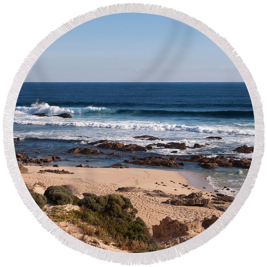 Australia Round Beach Towel featuring the photograph Moses Rock Beach 01 by Rick Piper Photography