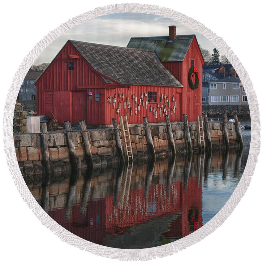 Motif Number One Rockport Lobster Shack By Jeff Folger Round Beach Towel featuring the photograph Motifs Long Reflection by Jeff Folger
