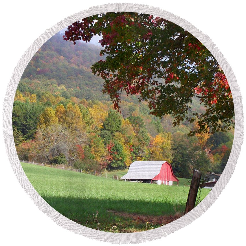 Landscapes. Printscapes Round Beach Towel featuring the photograph Mountain Barn by Duane McCullough