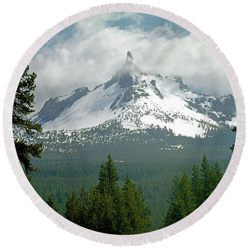 Mt. Thielsen Round Beach Towel featuring the photograph 1m5505-mt. Thielsen In Clouds by Ed Cooper Photography