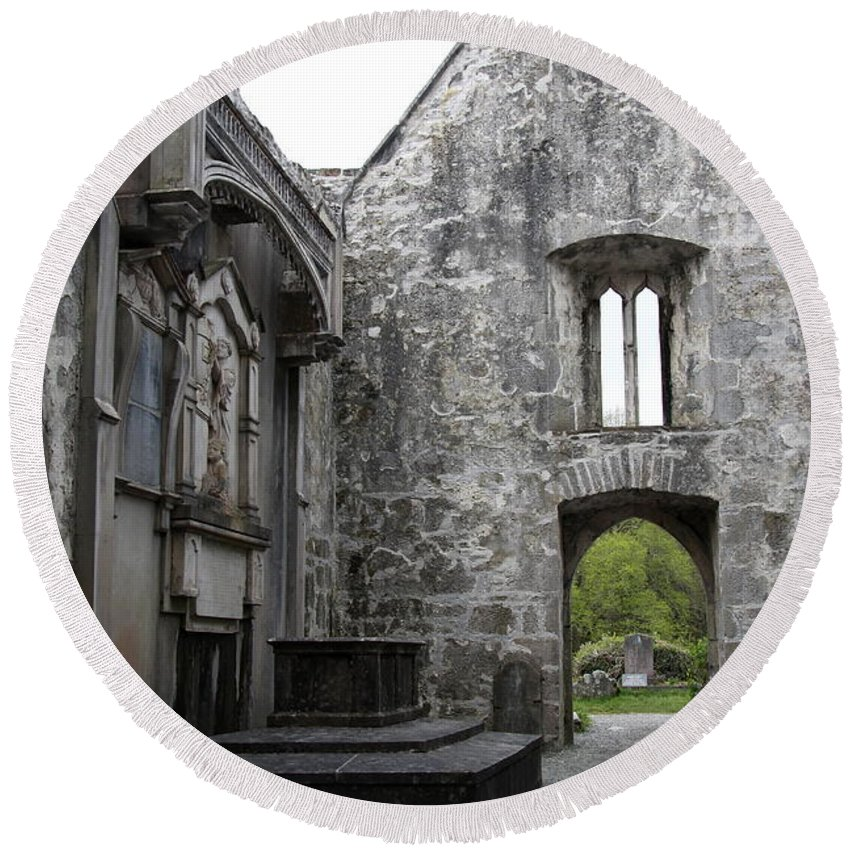 Muckross Abbey Round Beach Towel featuring the photograph Muckrooss Abbey Ruin by Christiane Schulze Art And Photography