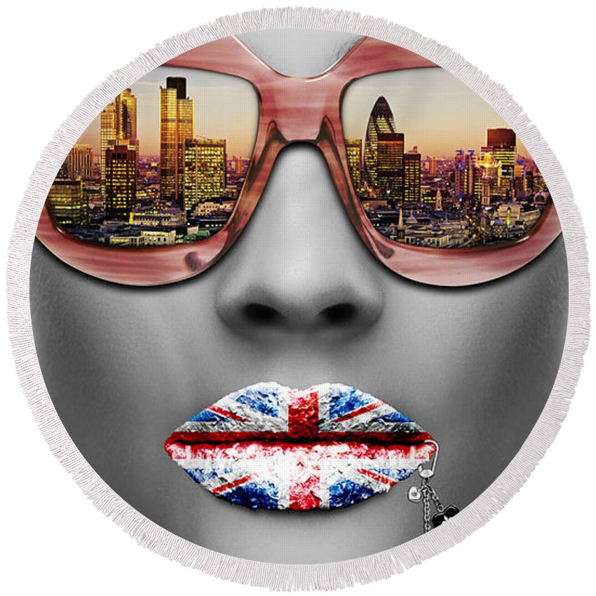 Woman Round Beach Towel featuring the digital art Musa London by Jean raphael Fischer