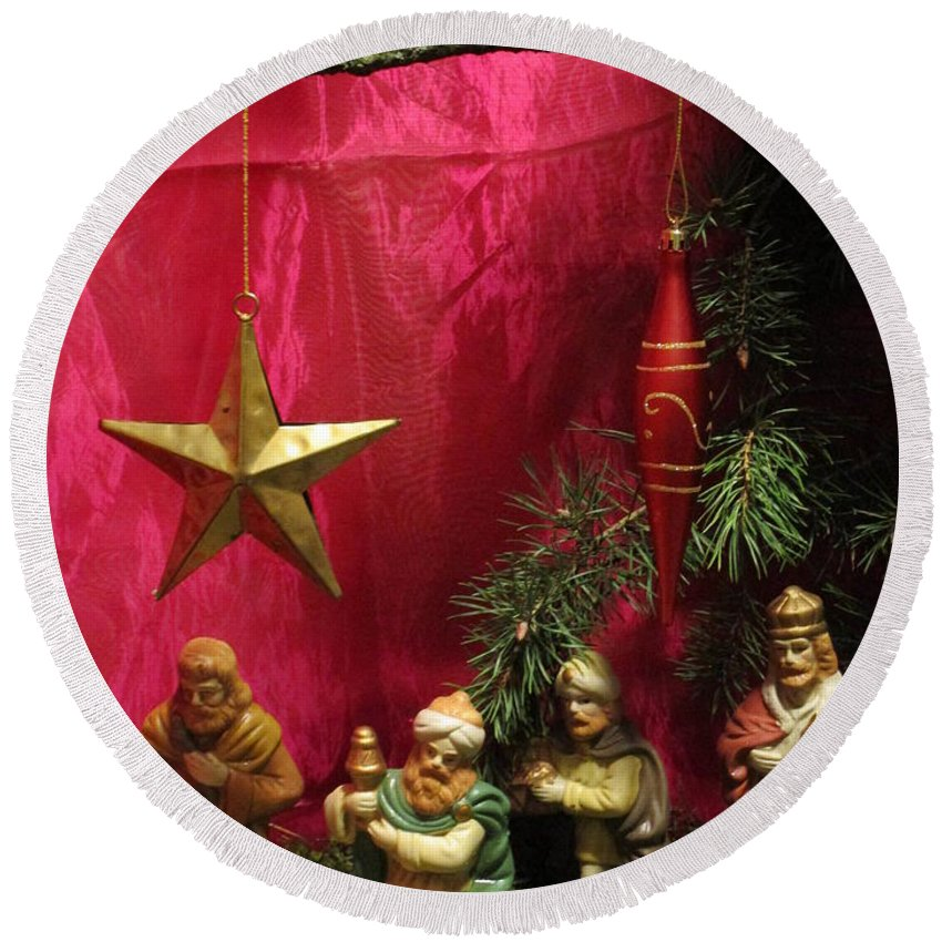 Nativity Scene Round Beach Towel featuring the photograph Nativity Scene In Red by Rosita Larsson