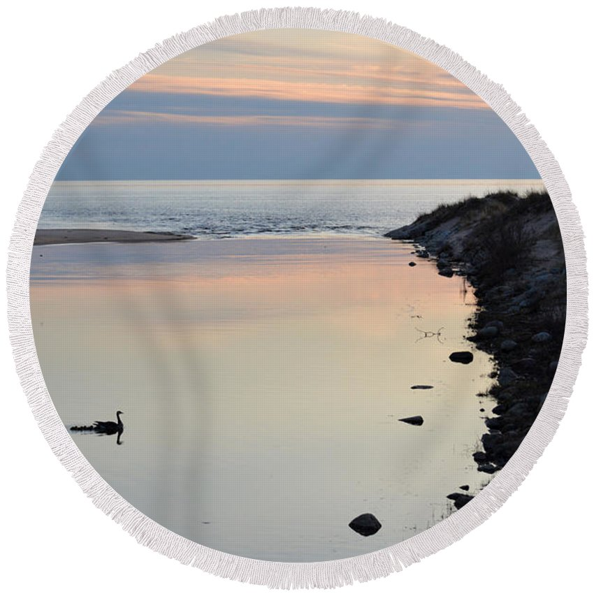 Ludington Round Beach Towel featuring the photograph Natures Best by Linda Kerkau