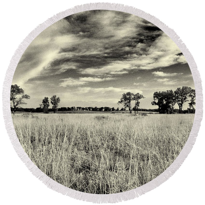 Beatrice Round Beach Towel featuring the photograph Nebraska Prairie One In Black And White by Joshua House