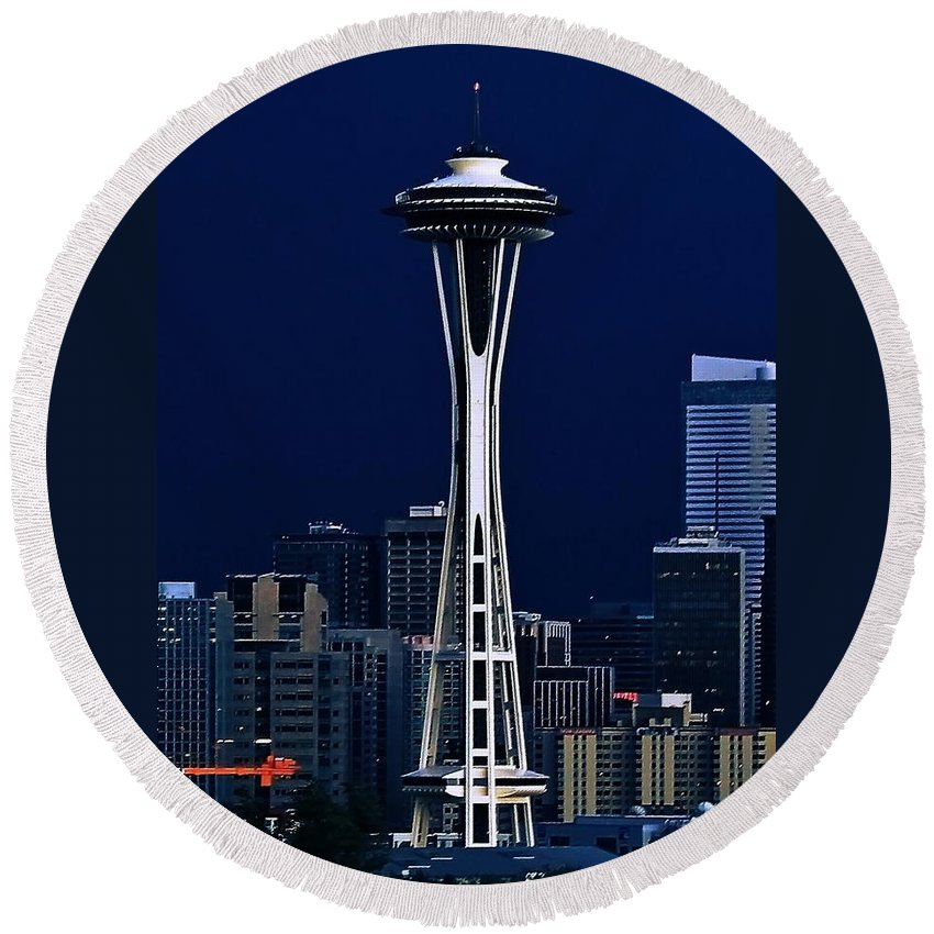 Seattle Round Beach Towel featuring the photograph Needle Blues by Benjamin Yeager