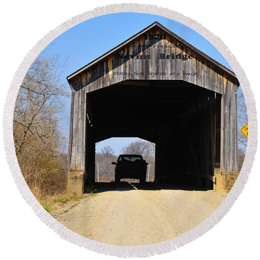 Nevins Bridge Round Beach Towel featuring the photograph Nevins Covered Bridge by David Arment