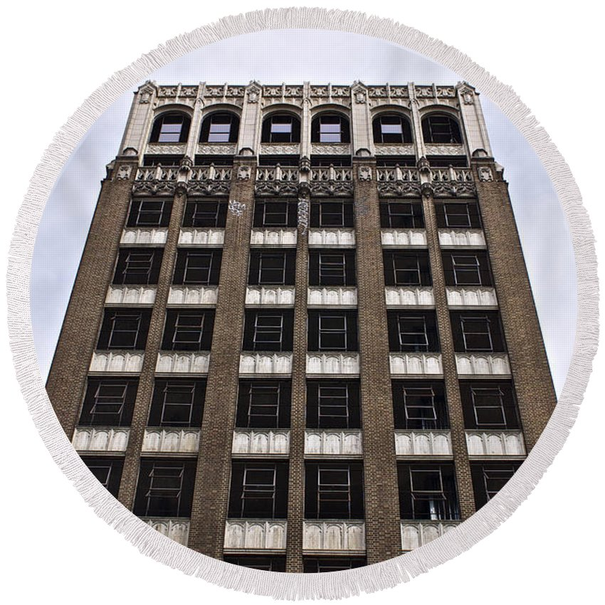 Fire Round Beach Towel featuring the photograph Vacant Downtown Building Los Angeles 3 by Toula Mavridou-Messer