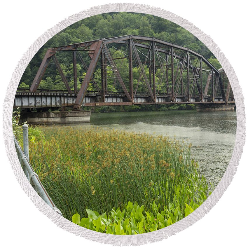 New Round Beach Towel featuring the photograph New River Scene 14 B by John Brueske