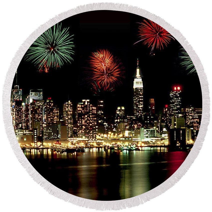 Nyc Round Beach Towel featuring the photograph New York City Fourth Of July by Anthony Sacco