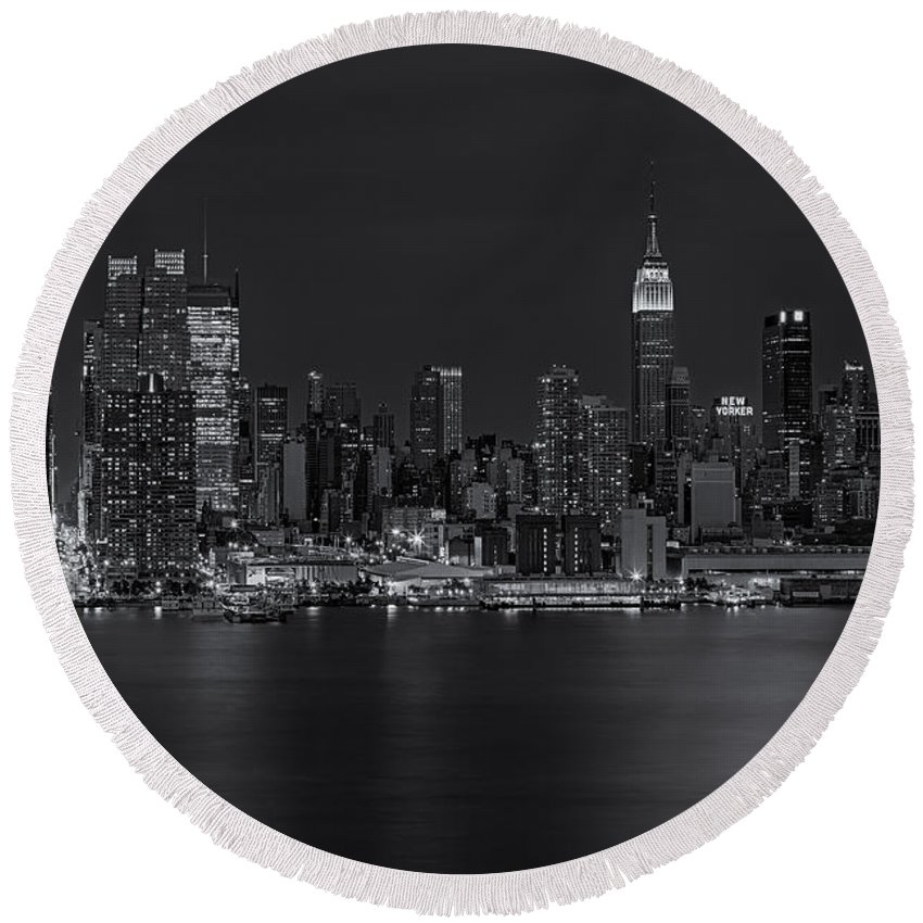 Esb Round Beach Towel featuring the photograph New York City Night Lights by Susan Candelario