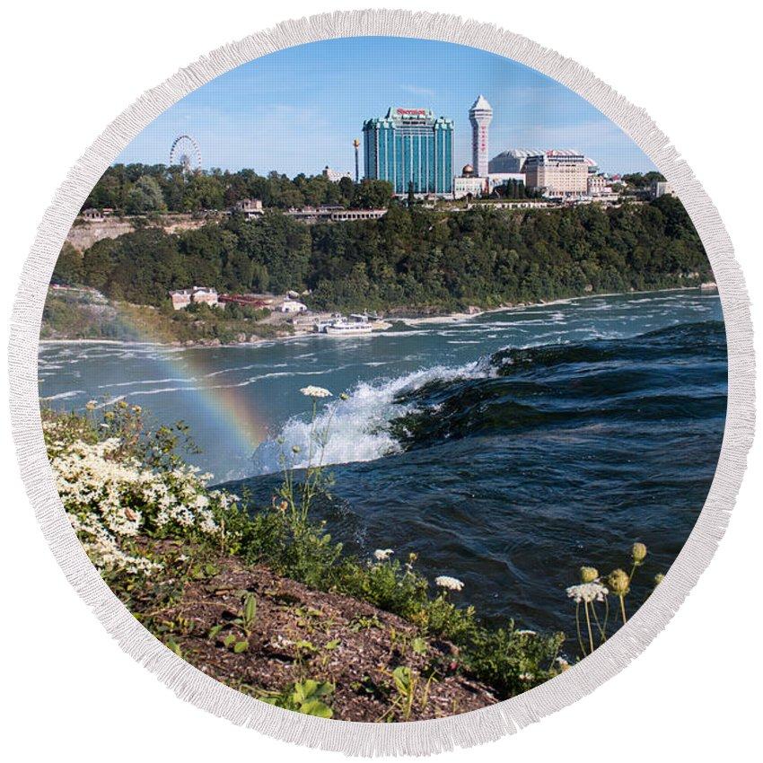 Niagara Falls Round Beach Towel featuring the photograph Niagara Falls by Gaurav Singh