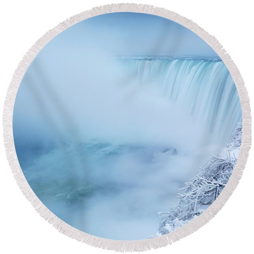 Niagara Falls Round Beach Towel featuring the photograph Niagara Falls In Winter Panorama by Maxim Images Prints