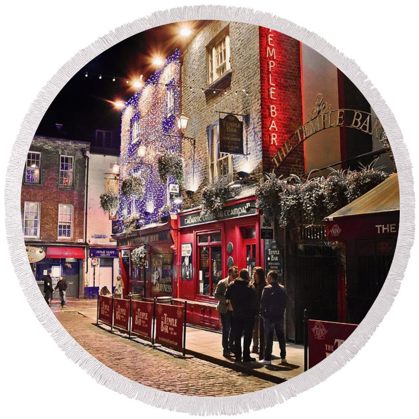 The Temple Bar Round Beach Towel featuring the photograph Nights In The Temple Bar by Alex Art and Photo