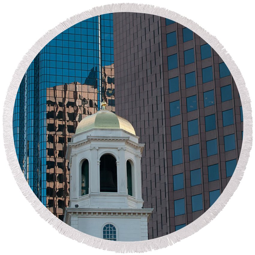 Boston Round Beach Towel featuring the photograph North Meeting Place And Echange Place by Paul Mangold
