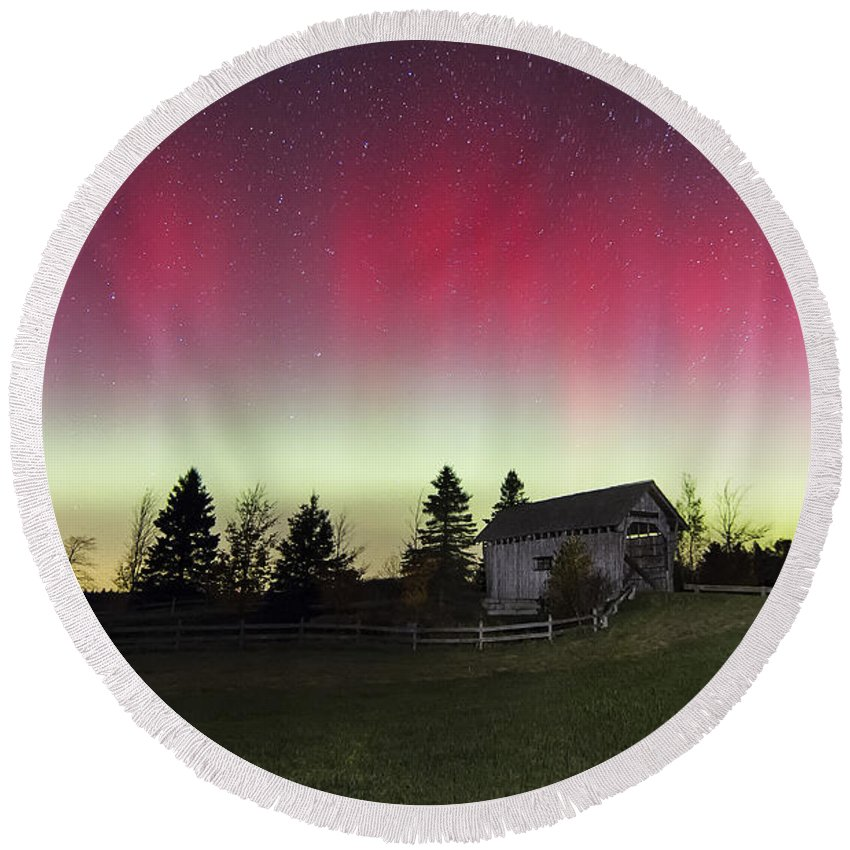 Aurora Borealis Round Beach Towel featuring the photograph Northern Lights Over Foster Covered Bridge Cabot Vt by John Vose