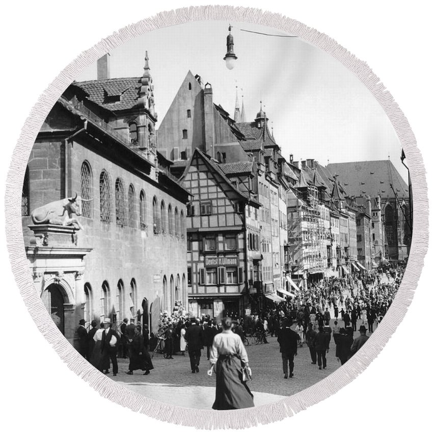 1920s Round Beach Towel featuring the photograph Nuremberg Street Scene by Underwood Archives