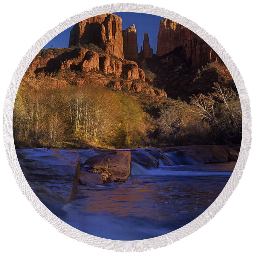 North America Round Beach Towel featuring the photograph Oak Creek Crossing Sedona Arizona by Dave Welling