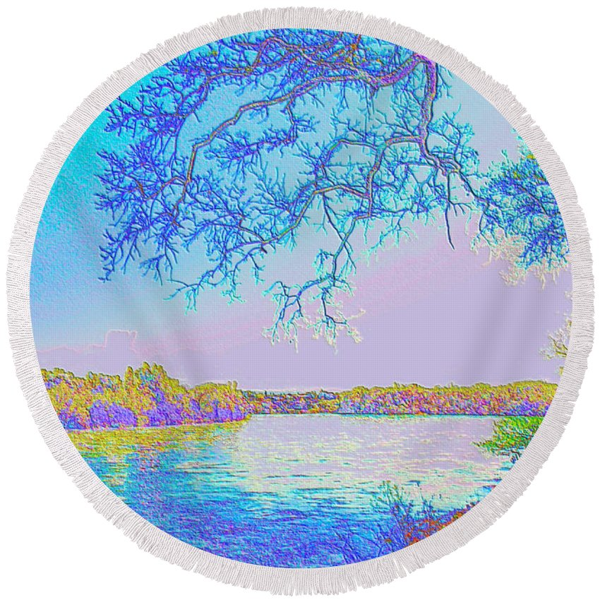 Oak Round Beach Towel featuring the photograph Oak On The Sacramento River - Pastel by Joyce Dickens