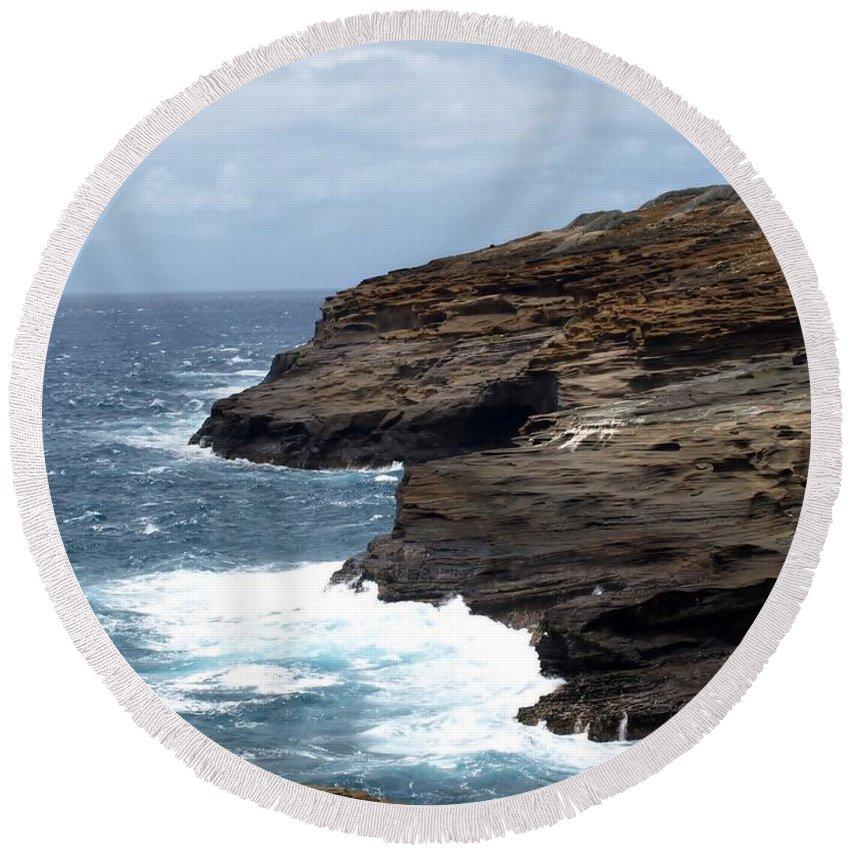 Ocean Round Beach Towel featuring the photograph Ocean Vs. Rock by Jo Jurkiewicz