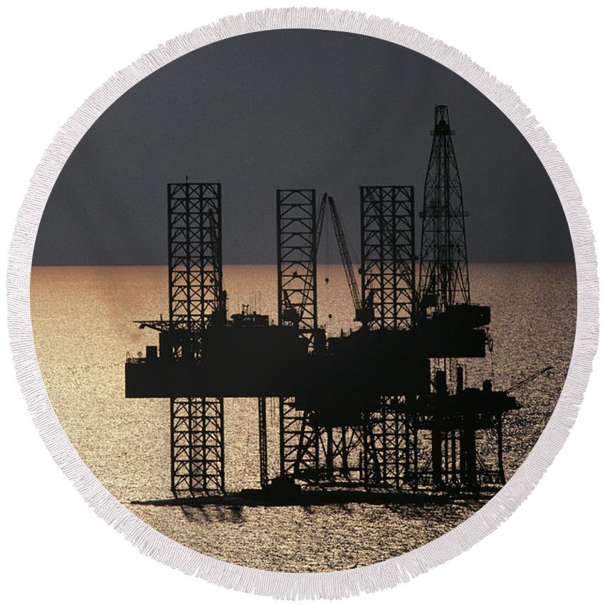 Industry Round Beach Towel featuring the photograph Offshore Drill Rig Platform by Tim Holt
