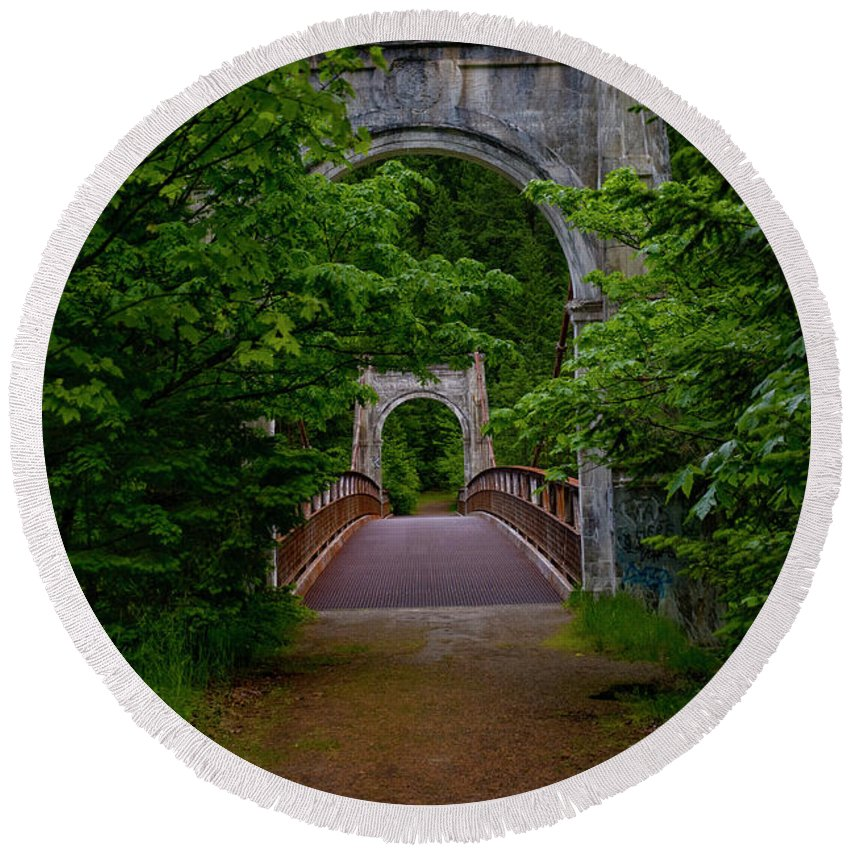Bridge Round Beach Towel featuring the photograph Old Alexandra Bridge by Rod Wiens