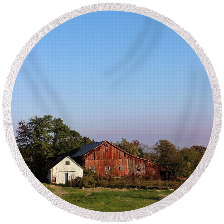 Barn Round Beach Towel featuring the photograph Old Barn At Sunset by Karen Adams