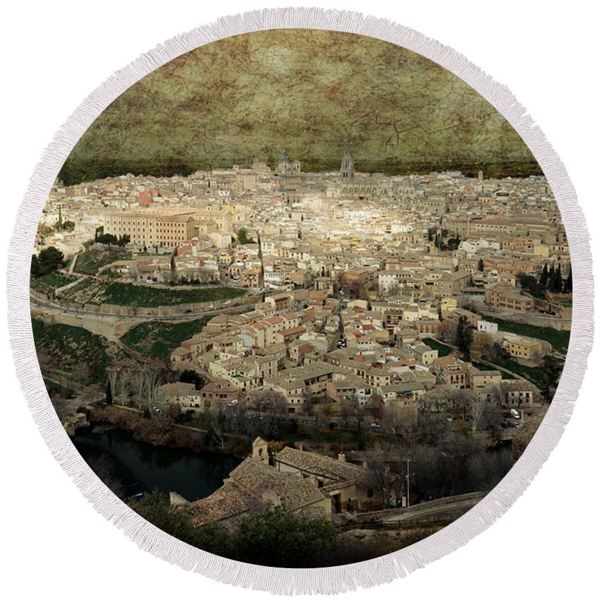 Toledo Round Beach Towel featuring the photograph Old City Of Toledo by RicardMN Photography