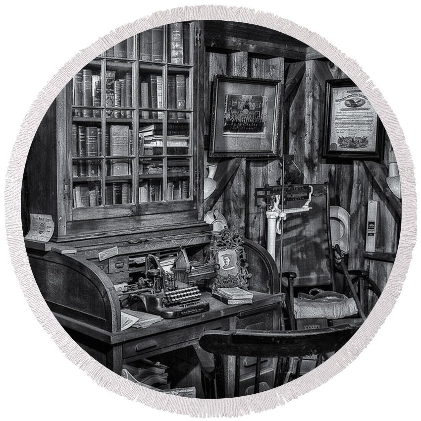 Dr. Round Beach Towel featuring the photograph Old Fashioned Doctor's Office Bw by Susan Candelario
