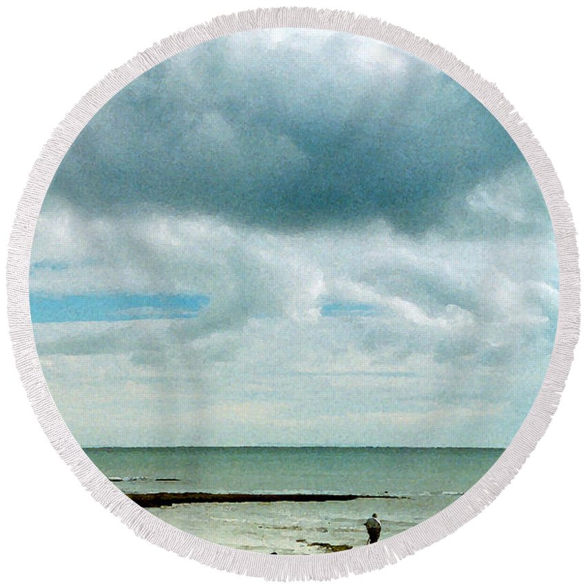 Beach Round Beach Towel featuring the digital art Old Friends Share A Beach by William Sargent