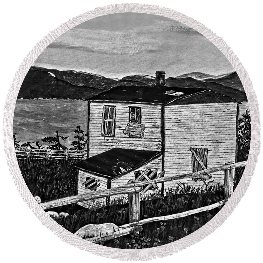 Memories Round Beach Towel featuring the painting Old House - Memories - Shutters And Boards by Barbara Griffin