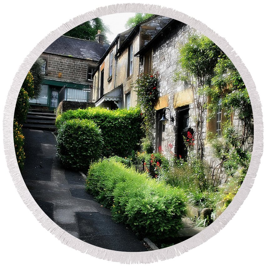 Garden Round Beach Towel featuring the photograph Old Terrace Houses - Peak District - England by Doc Braham