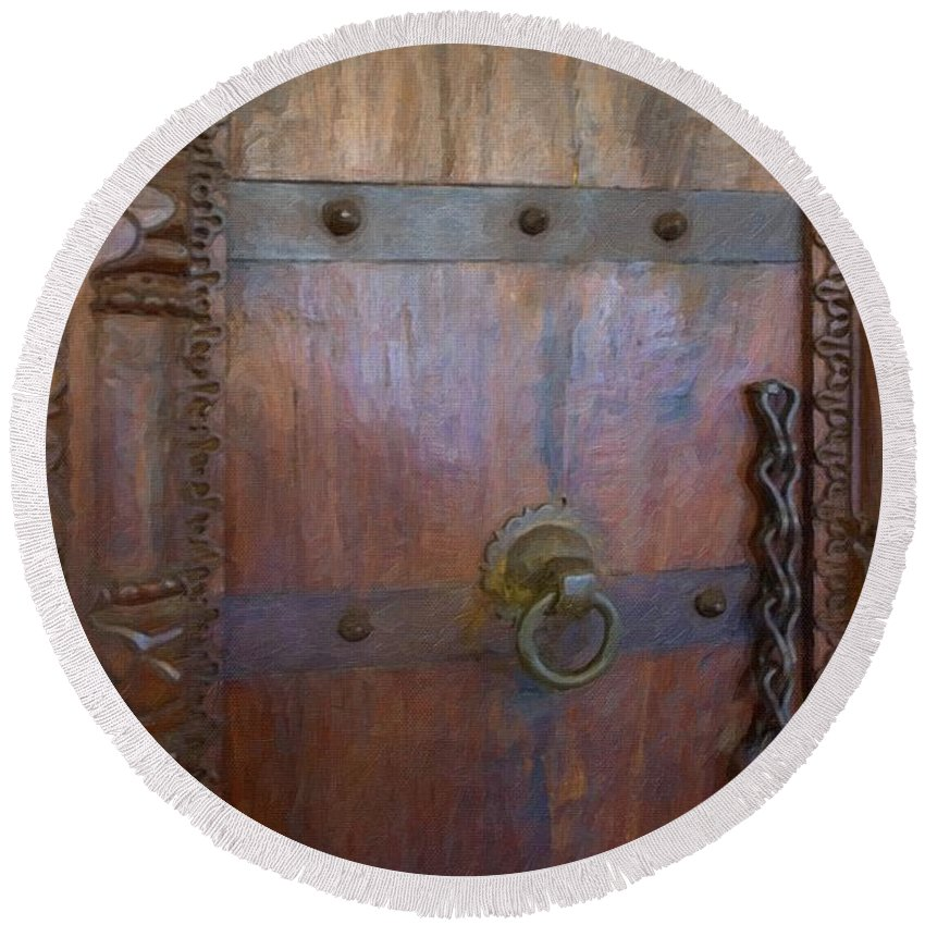 Old Vintage Door With Chain Round Beach Towel featuring the photograph Old Vintage Door With Chain by L Wright