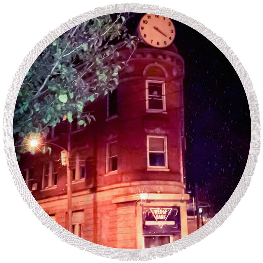 Old Wed Bank Building Round Beach Towel featuring the photograph Old Wedge Bank Building Haunted Alton Ill by Peggy Franz