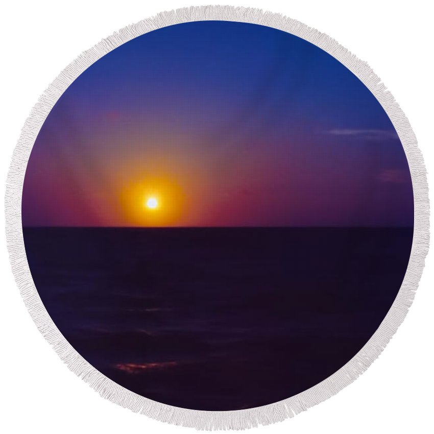 Beauty Round Beach Towel featuring the photograph On The Horizon by Anita Lewis