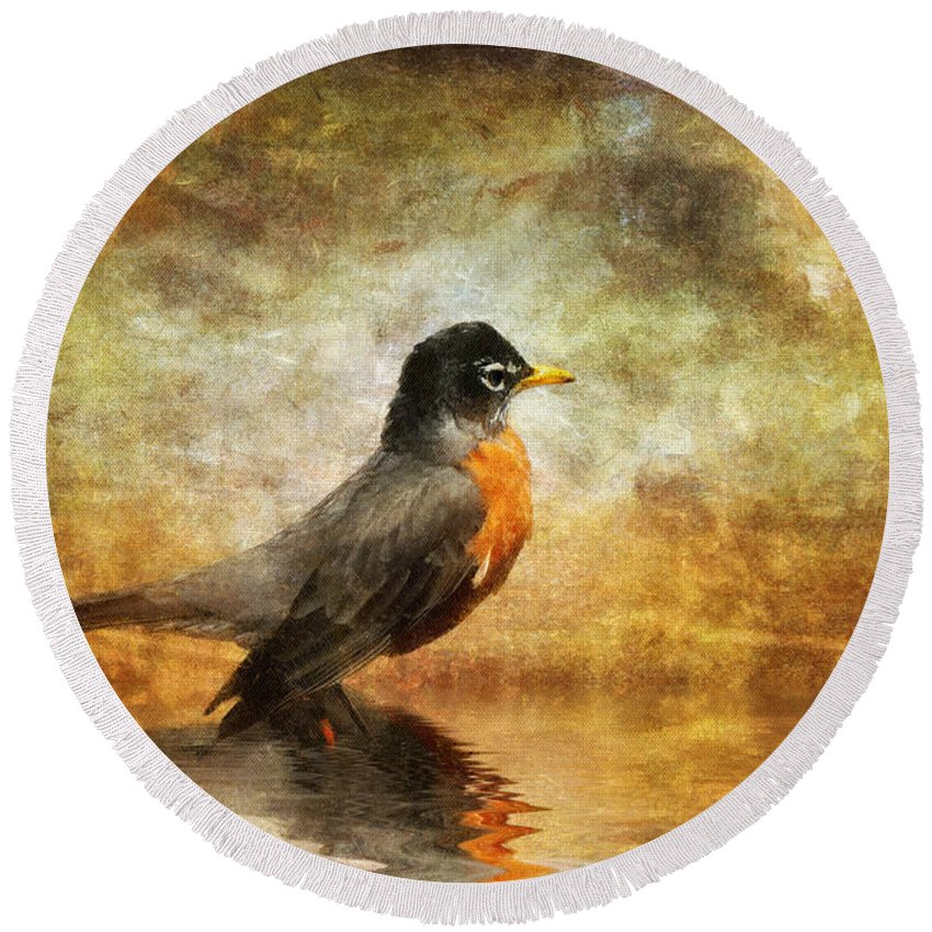 Robin Round Beach Towel featuring the photograph On The Watch For Worms by Lois Bryan
