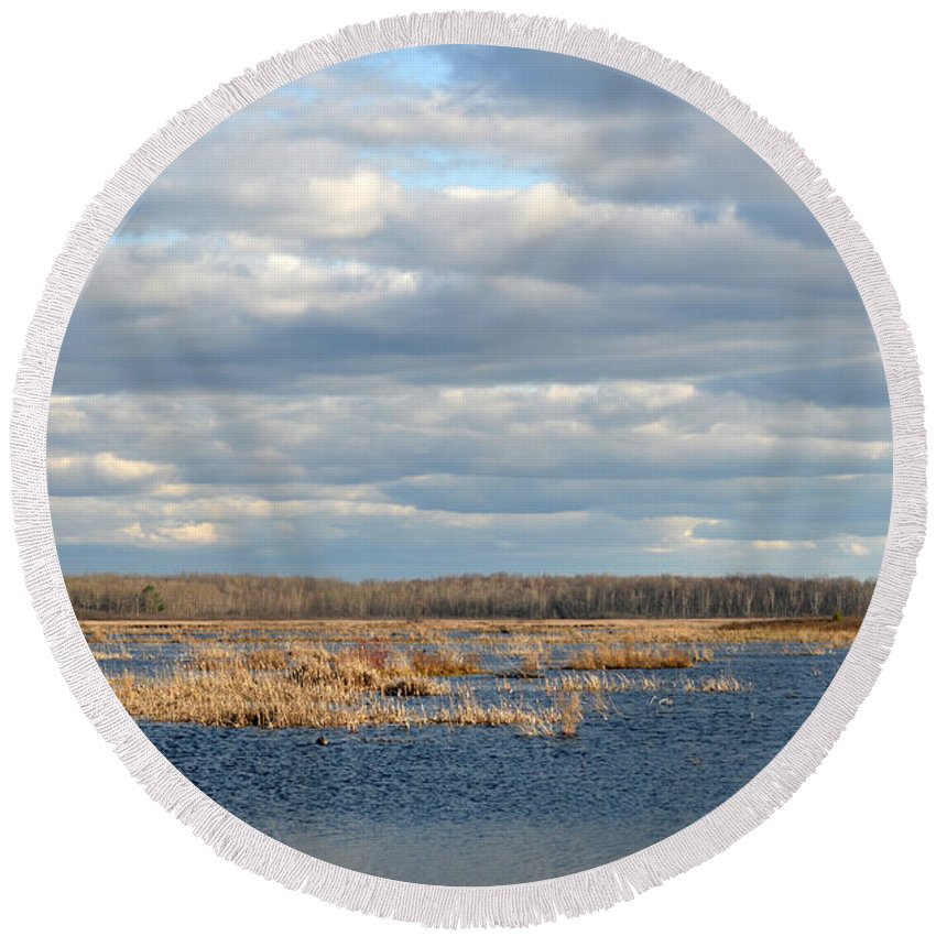 Houghton Lake Round Beach Towel featuring the photograph On The Water by Linda Kerkau