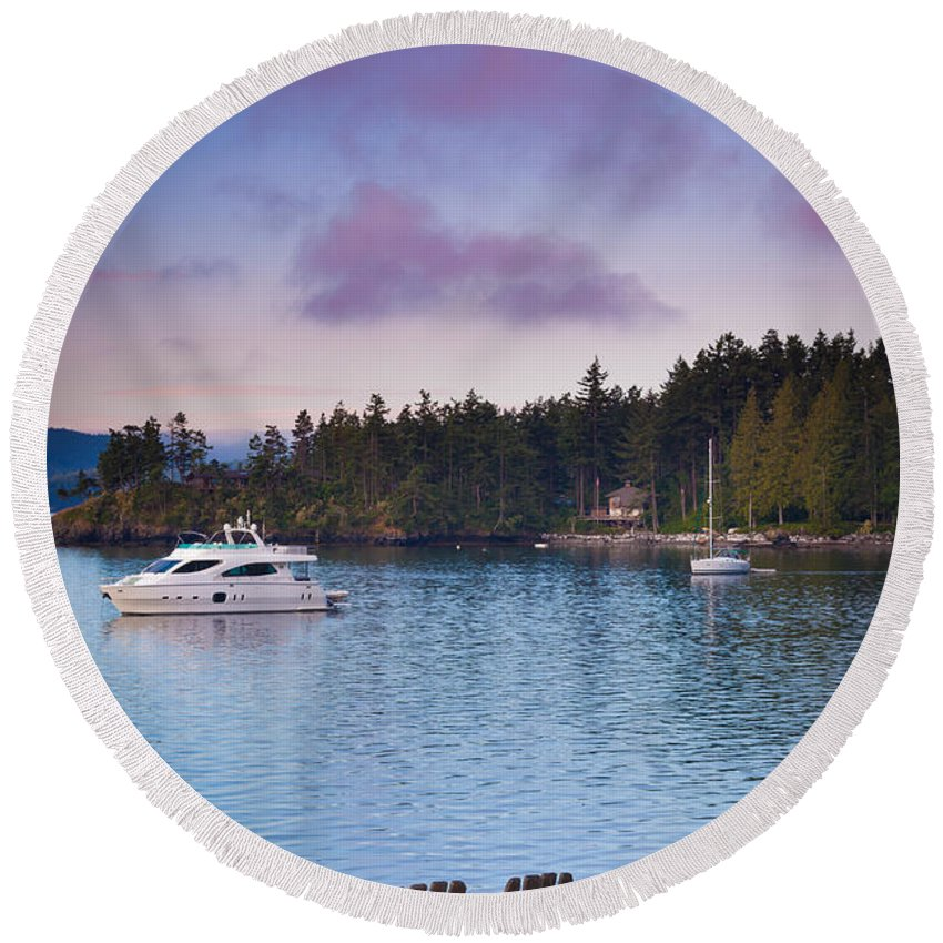 America Round Beach Towel featuring the photograph Orcas Viewpoint by Inge Johnsson