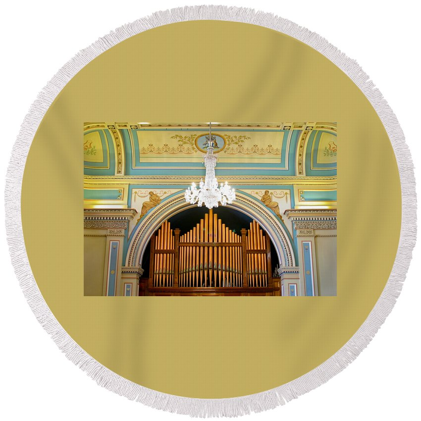 Organ Round Beach Towel featuring the photograph Organ And Ceiling by Jenny Setchell