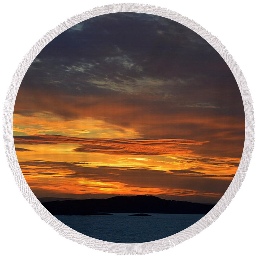 Fjord Round Beach Towel featuring the photograph Oslo Fjord At Sunset by Catherine Sherman