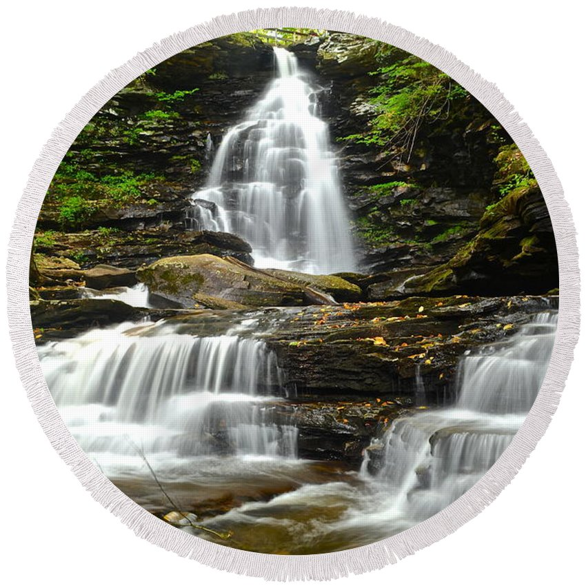 Ozone Round Beach Towel featuring the photograph Ozone Falls Close Up by Frozen in Time Fine Art Photography
